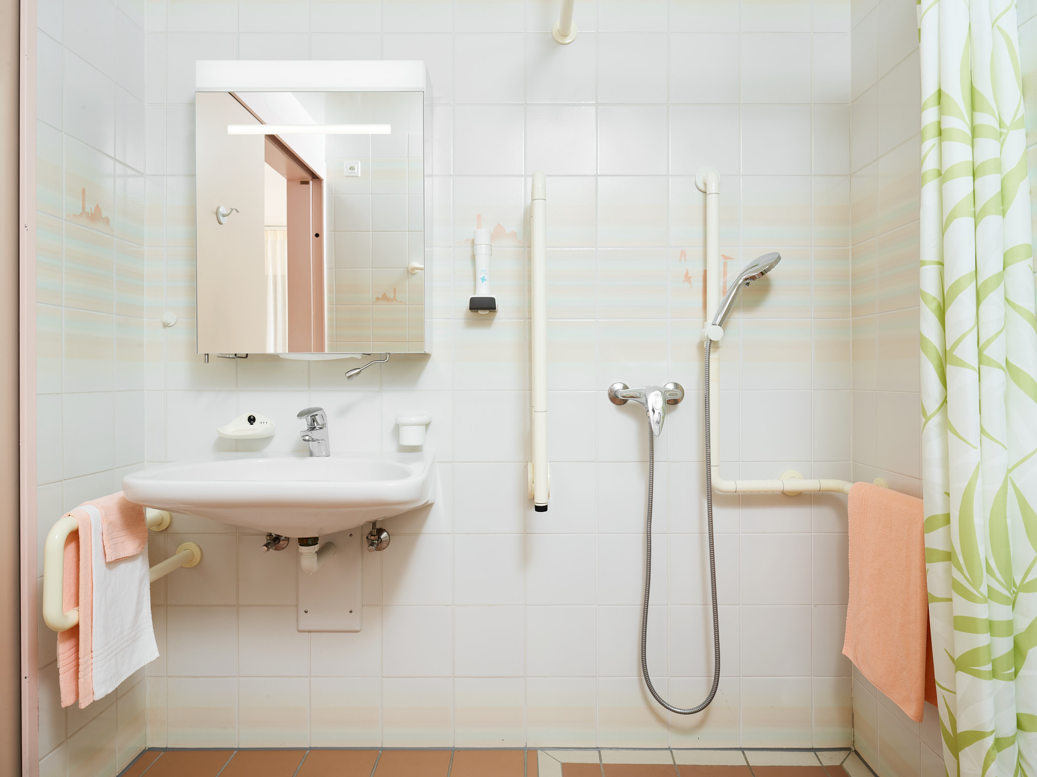 EMS Meyrin - Résidence Jura - Salle de bain