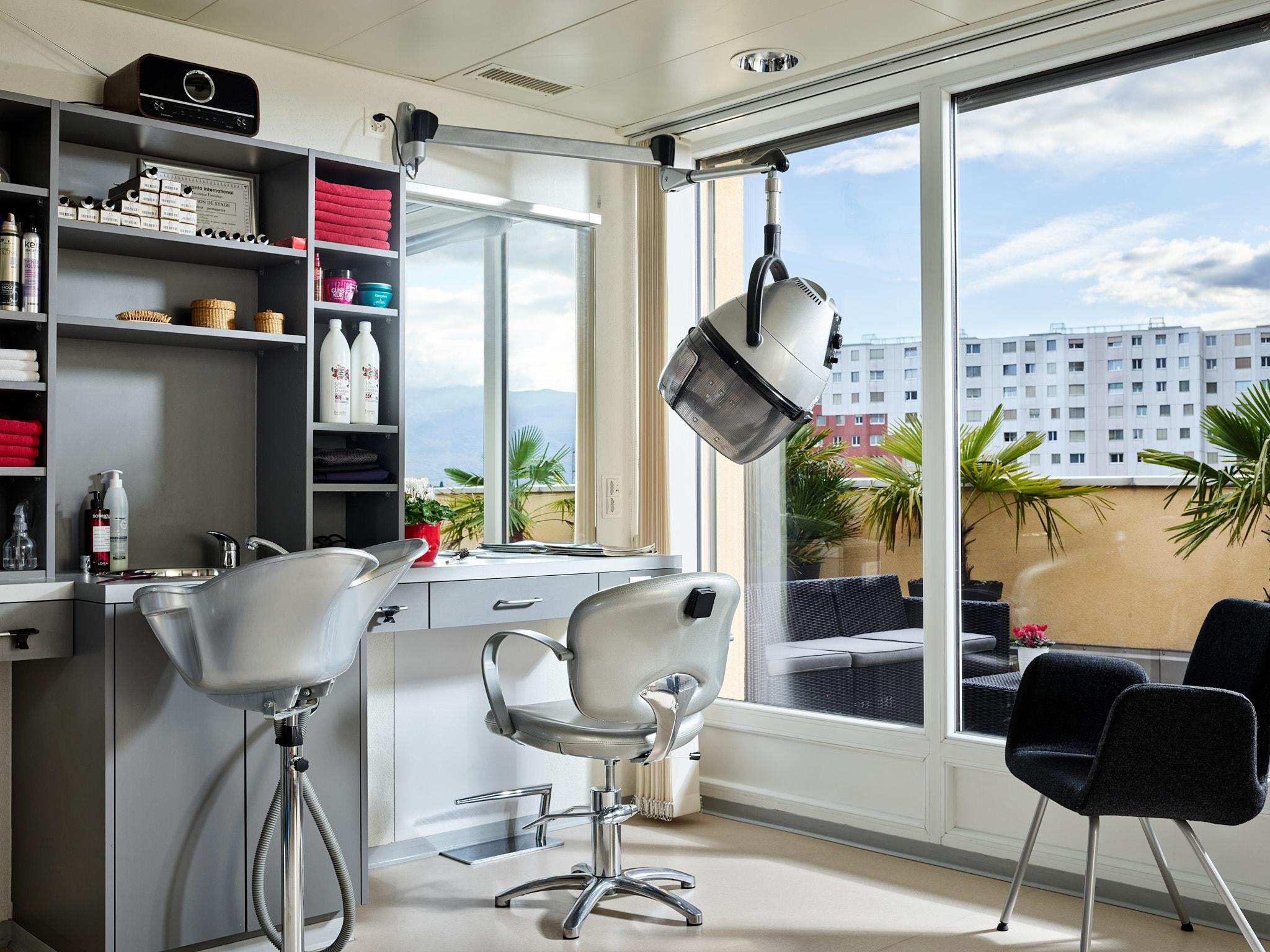 EMS Meyrin - Résidence Pierre de la fée - Salon de coiffure